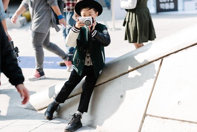 Ai là nhân vật đứng phía sau những nhóc tỳ sành điệu tại Tuần lễ thời trang Seoul - Ảnh 5.