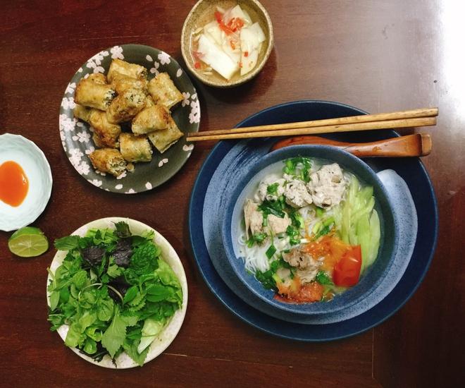 Thực đơn bữa cơm hàng ngày của cô nàng độc thân khiến cộng đồng mạng xuýt xoa vì quá đẹp quá ngon - Ảnh 10.