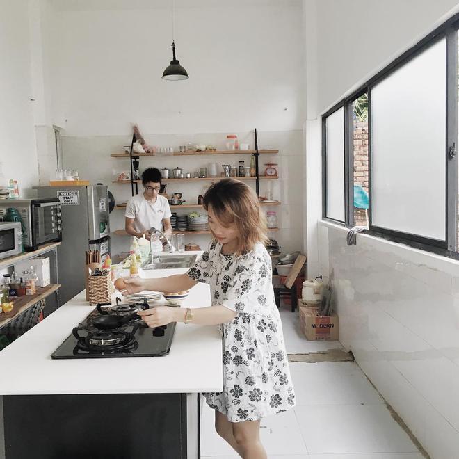 Quên khách sạn xịn đi, 4 homestay, hostel này ở Đà Nẵng đẹp chẳng kém cạnh mà giá bình dân hơn nhiều - Ảnh 14.