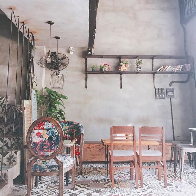 Quên khách sạn xịn đi, 4 homestay, hostel này ở Đà Nẵng đẹp chẳng kém cạnh mà giá bình dân hơn nhiều - Ảnh 17.