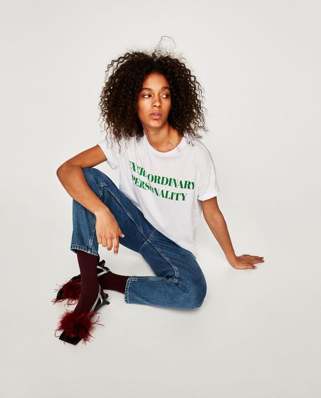Có thể bạn chưa biết Zara hiện đang sở hữu những chiếc áo phông chất nhất quả đất - Ảnh 2.