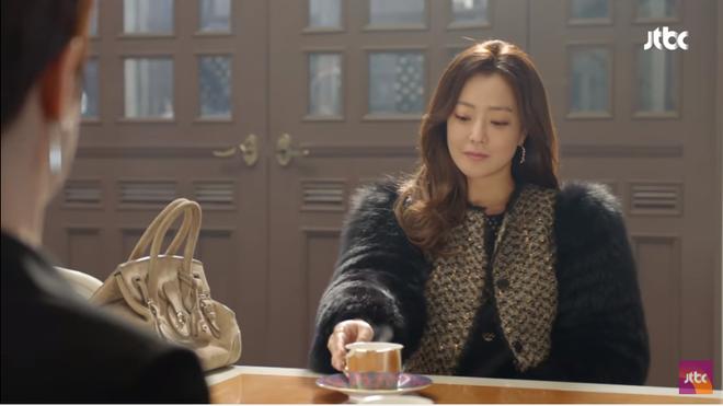 Điều gì ở Kim Hee Sun khiến Kim Sun Ah luôn nhìn cô bằng ánh mắt ngưỡng mộ? - Ảnh 7.
