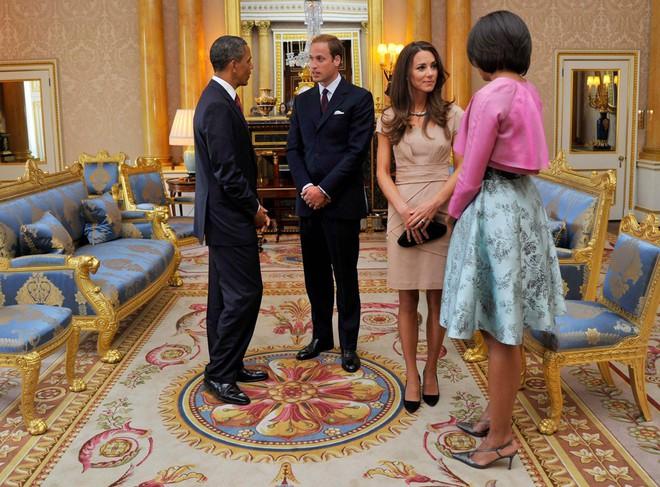 Chị em dâu Hoàng gia Anh, không chỉ hay đụng váy áo mà còn hợp gu thời trang bình dân - Ảnh 10.