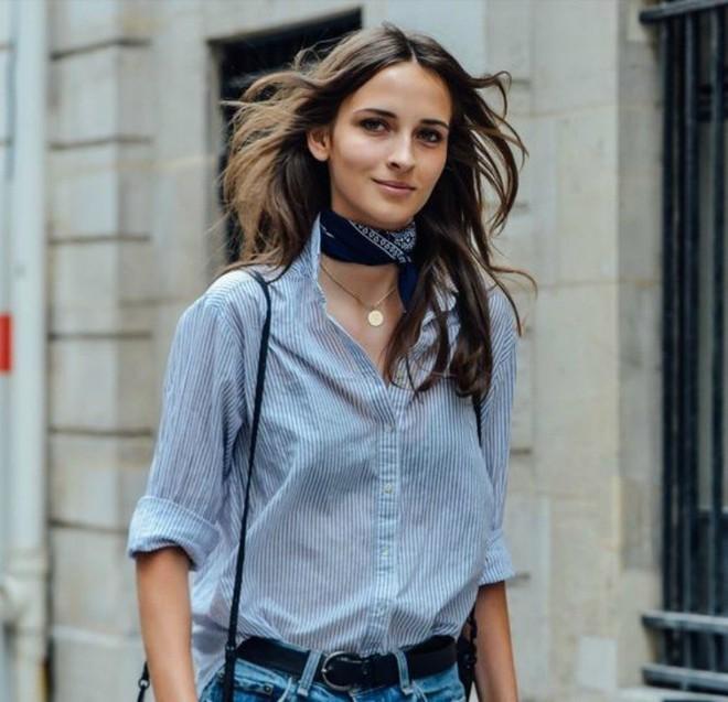 7 kiểu thắt khăn cơ bản để bạn bung lụa trong mùa lạnh sắp tới - Ảnh 5.