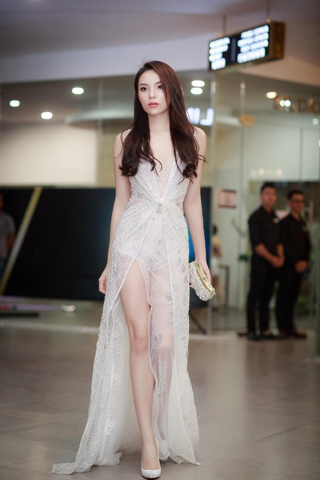 Năm 2017, đây là những người đẹp xứng danh nữ hoàng thảm đỏ showbiz Việt - Ảnh 2.