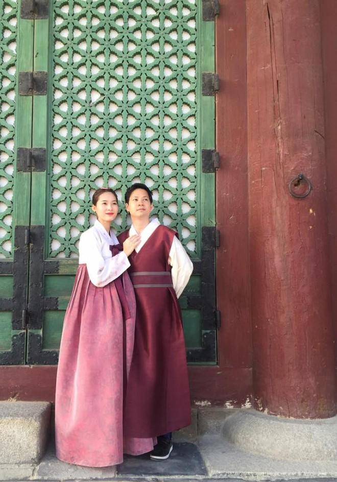 Thu Thảo - Trung Tín: một chuyện tình nhẹ nhàng từ cử chỉ đến phong cách thời trang đồng điệu khi sánh bước cùng nhau - Ảnh 7.