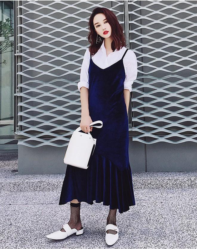5 mẫu váy đang được các tín đồ thời trang châu Á diện nhiều nhất khi tiết trời se lạnh - Ảnh 19.