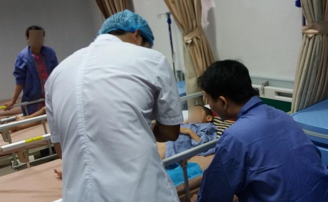 Trẻ bị sùi mào gà do nhiễm vi rút sau khi cắt bao quy đầu có khỏi không? - Ảnh 2.