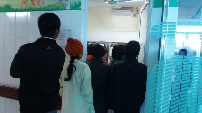 Vụ 4 trẻ sơ sinh tử vong tại BV Sản nhi Bắc Ninh: Vợ chồng cưới nhau 10 năm mới có con, nào ngờ - Ảnh 8.