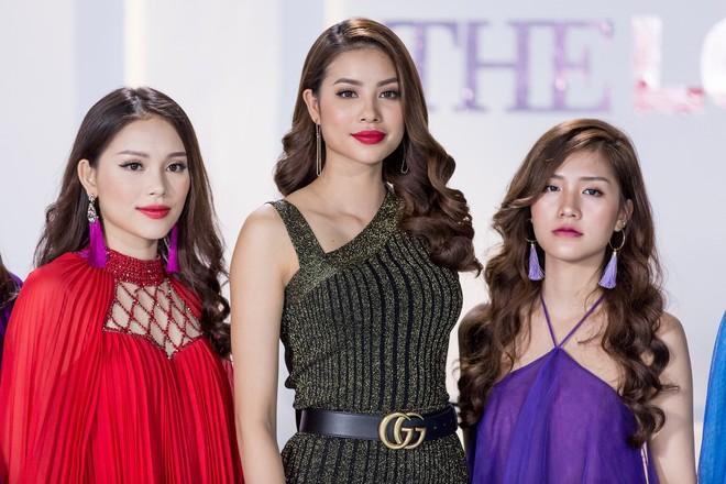 Phạm Hương và 3 phong cách hoàn toàn khác nhau từ The Face, Hoa hậu hoàn vũ 2017 đến The Look - Ảnh 22.