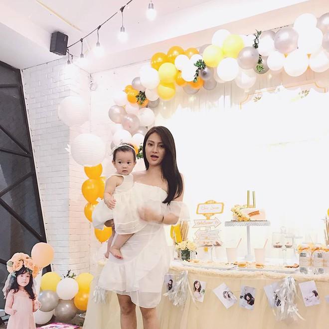 Nhóm bạn thân 6 hotmom Hà Nội trẻ xinh, kinh doanh giỏi, du lịch nước ngoài như đi chợ khiến chị em ngưỡng mộ - Ảnh 17.