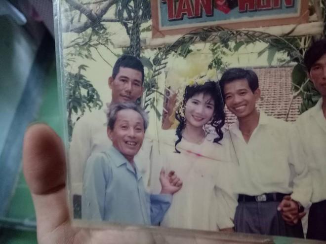 Những bức ảnh trong album cũ tiết lộ một thời thanh xuân sôi nổi của phụ huynh chúng mình - Ảnh 16.
