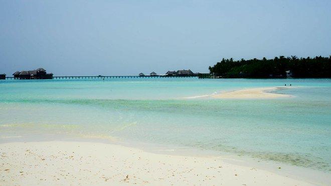 Chi 250 triệu đến thiên đường biển Maldives rồi ôm về thất vọng, cô gái trẻ còn bị dân mạng chửi sấp mặt - Ảnh 2.