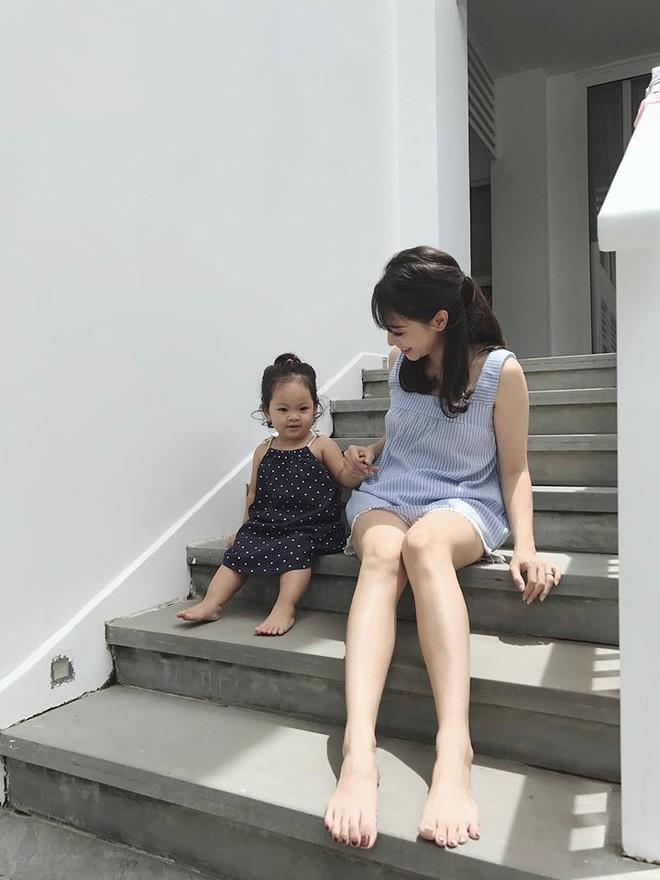 Nhóm bạn thân 6 hotmom Hà Nội trẻ xinh, kinh doanh giỏi, du lịch nước ngoài như đi chợ khiến chị em ngưỡng mộ - Ảnh 12.