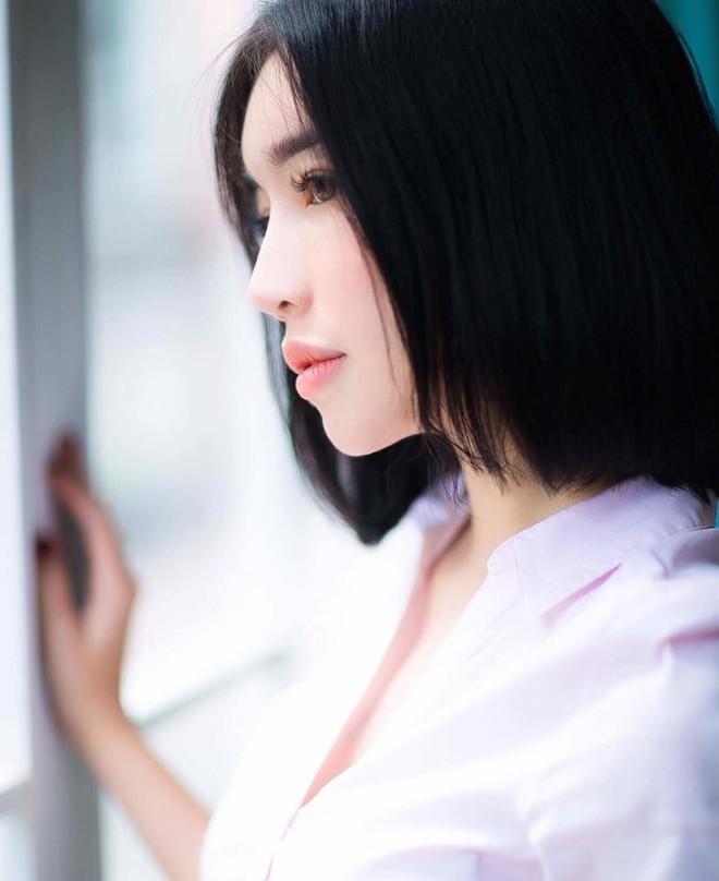 Ngọc Trinh - Elly Trần khởi xướng hai kiểu tóc ngắn nhìn một cái là mê ngay - Ảnh 8.