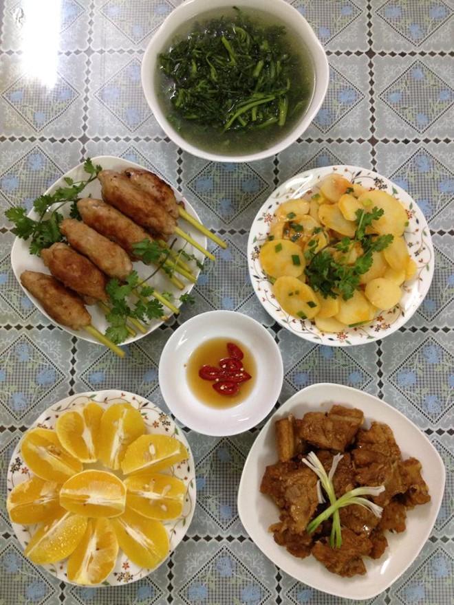 Vợ nổi khùng với anh chồng đưa 100k/ngày, bắt vợ lo ăn cả nhà 3 bữa, mỗi bữa 3 món thật ngon - Ảnh 3.