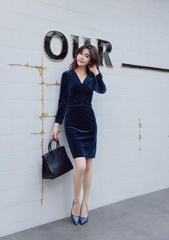 5 mẫu váy đang được các tín đồ thời trang châu Á diện nhiều nhất khi tiết trời se lạnh - Ảnh 20.