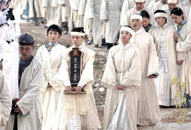 Năm ấy hoa nở của Tôn Lệ trở thành bộ phim tỷ view hot nhất, tất cả đều có lý do - Ảnh 10.