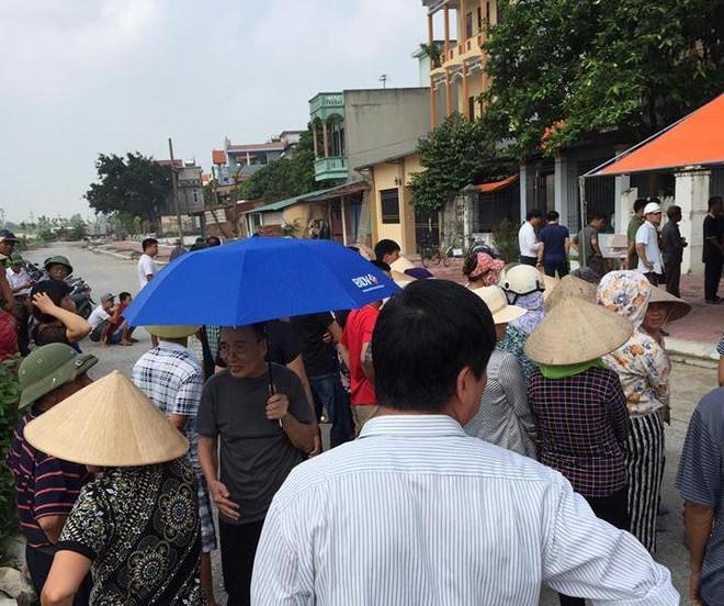 Bắc Ninh: Bàng hoàng phát hiện người phụ nữ nghi bị sát hại tại nhà? - Ảnh 3.
