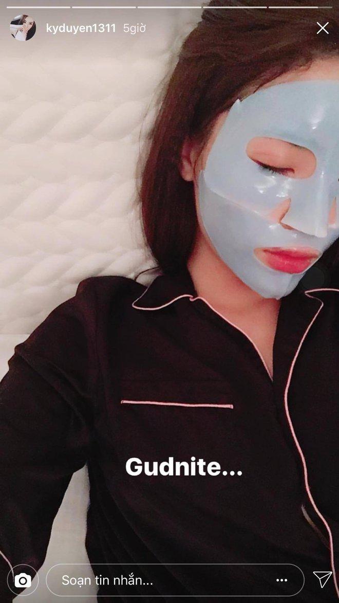 Loạt người đẹp Châu Á sử dụng mặt nạ giấy như 1 bước chăm sóc da hàng ngày - Ảnh 21.