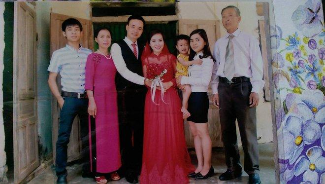 Cô nàng lấy chồng xa, cứ vài tháng chồng lại mua vé bay 1.500km về nhà, chồng quý bố mẹ vợ như vàng - Ảnh 4.