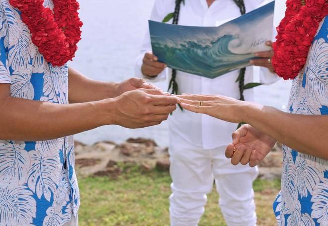 Hồ Vĩnh Khoa bất ngờ tổ chức đám cưới, bạn đời là siêu mẫu Thái Lan  - Ảnh 2.