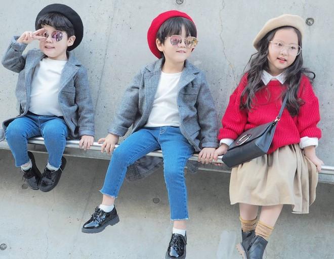 Đến tuần lễ thời trang Seoul, bạn sẽ chết mê với loạt street style chất lừ của các nhóc tì - Ảnh 1.