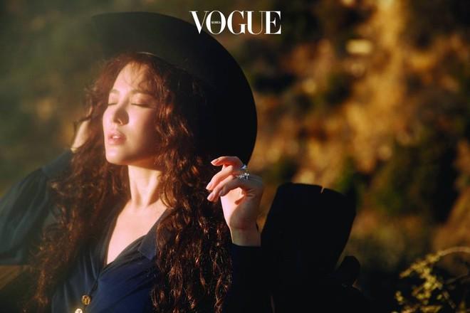 Ngắm trọn bộ ảnh Song Hye Kyo đẹp mơ màng như nữ thần lạc lối - Ảnh 11.