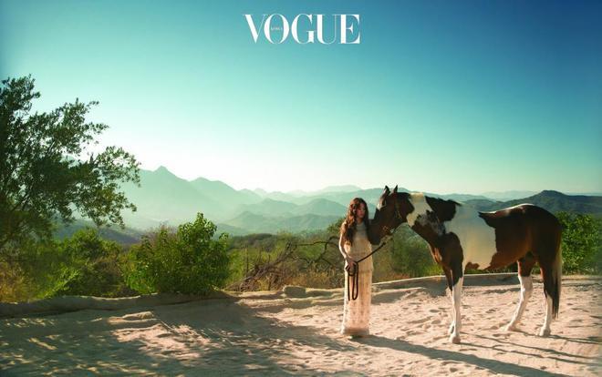 Ngắm trọn bộ ảnh Song Hye Kyo đẹp mơ màng như nữ thần lạc lối - Ảnh 1.