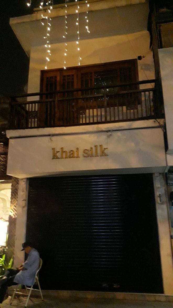 Vụ Khaisilk bán lụa Made in China: Tới chiều tối, toàn bộ cửa hàng ở Sài Gòn và Hà Nội đã đóng cửa hoàn toàn - Ảnh 5.