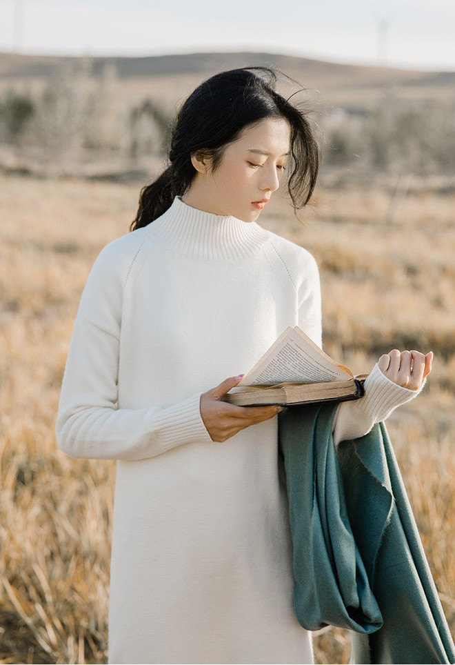 5 mẫu váy đang được các tín đồ thời trang châu Á diện nhiều nhất khi tiết trời se lạnh  - Ảnh 22.