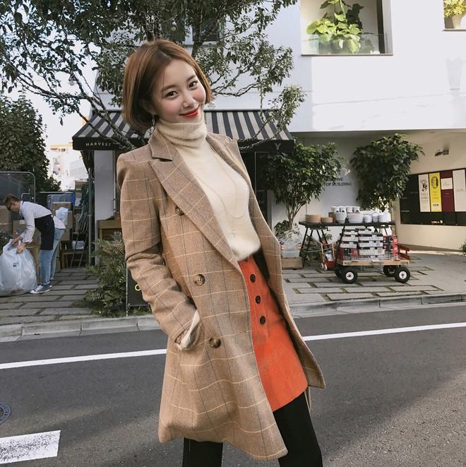 Muốn diện áo khoác kẻ thật đẹp, ắt hẳn bạn phải nghía qua street style Châu Á tuần này rồi - Ảnh 18.
