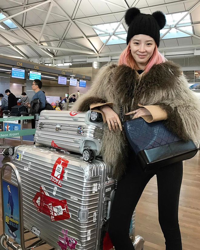 Túi mới của Chanel: Chưa ra mắt được bao lâu đã làm mưa làm gió tủ đồ của loạt sao Hoa ngữ - Ảnh 29.