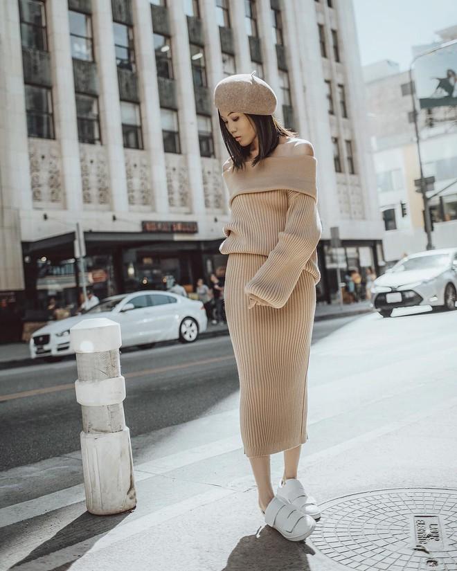 5 mẫu váy đang được các tín đồ thời trang châu Á diện nhiều nhất khi tiết trời se lạnh - Ảnh 24.