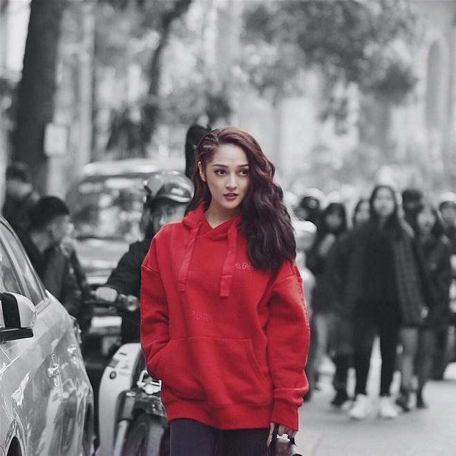 Khởi động mùa lễ hội qua những gợi ý sắc màu đến từ các người đẹp Việt - Ảnh 11.