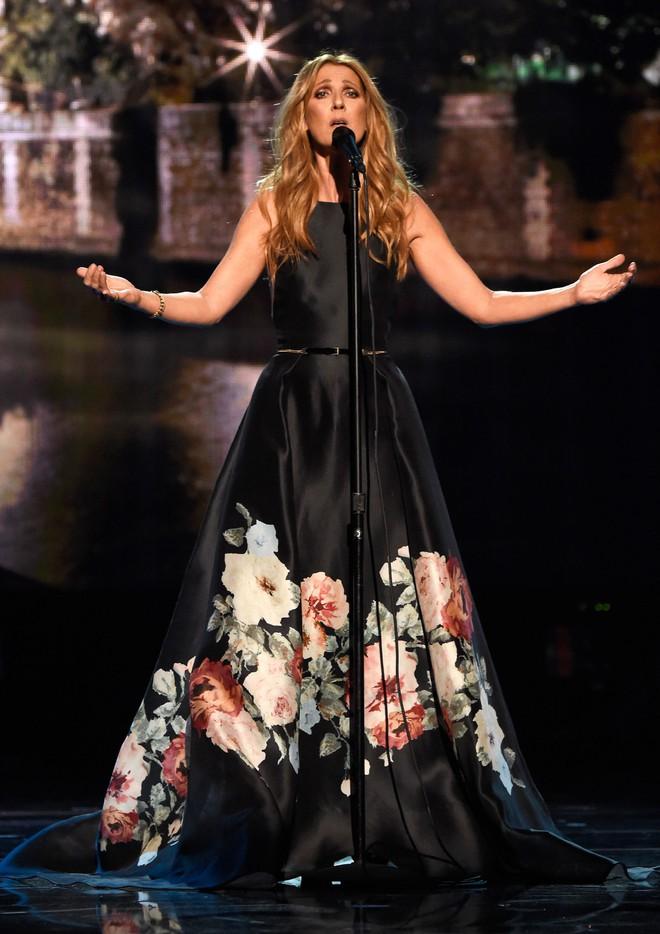 Cận kề tuổi 50 Diva Céline Dion mới lột xác phong cách khiến giới mộ điệu toàn cầu kiêng nể - Ảnh 5.