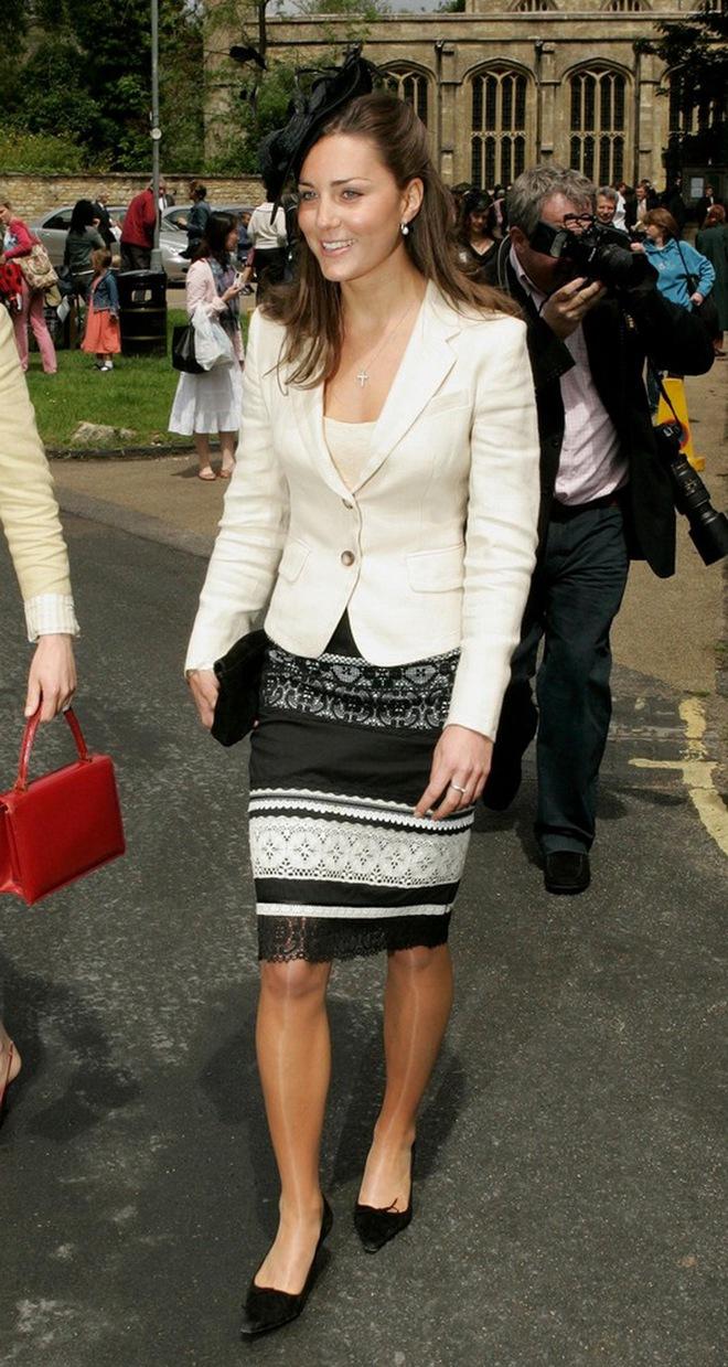 Liệu có ai tò mò về phong cách thời trang hồi chưa là Công nương của Kate Middleton - Ảnh 3.