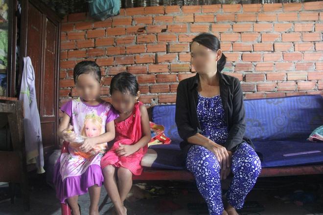TP.HCM: Mẹ đi mua ve chai bảo con về trước, 2 bé gái sinh đôi 6 tuổi bị hàng xóm dâm ô - Ảnh 10.
