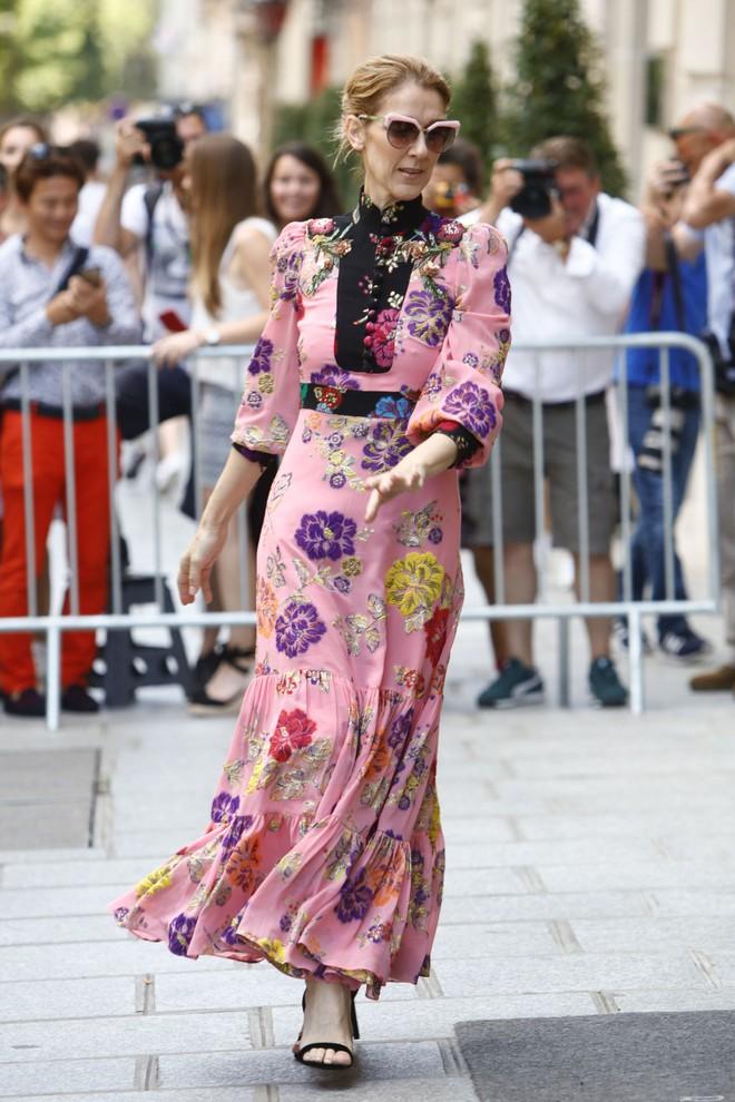 Cận kề tuổi 50 Diva Céline Dion mới lột xác phong cách khiến giới mộ điệu toàn cầu kiêng nể - Ảnh 11.