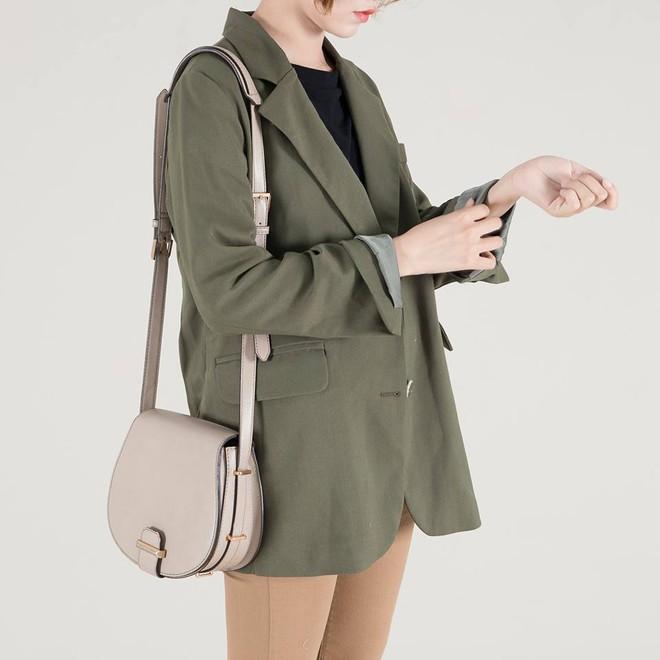 Những thiết kế blazer giá chưa quá 700 ngàn đến từ các thương hiệu Việt bạn cần sắm ngay trong thu này - Ảnh 7.