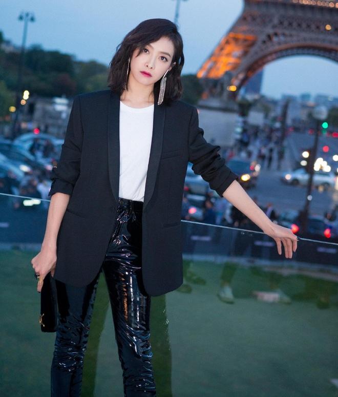 Cứ sang thu là 5 mẫu áo khoác quen thuộc này lại được loạt người đẹp Hoa ngữ lăng xê nhiệt tình - Ảnh 3.
