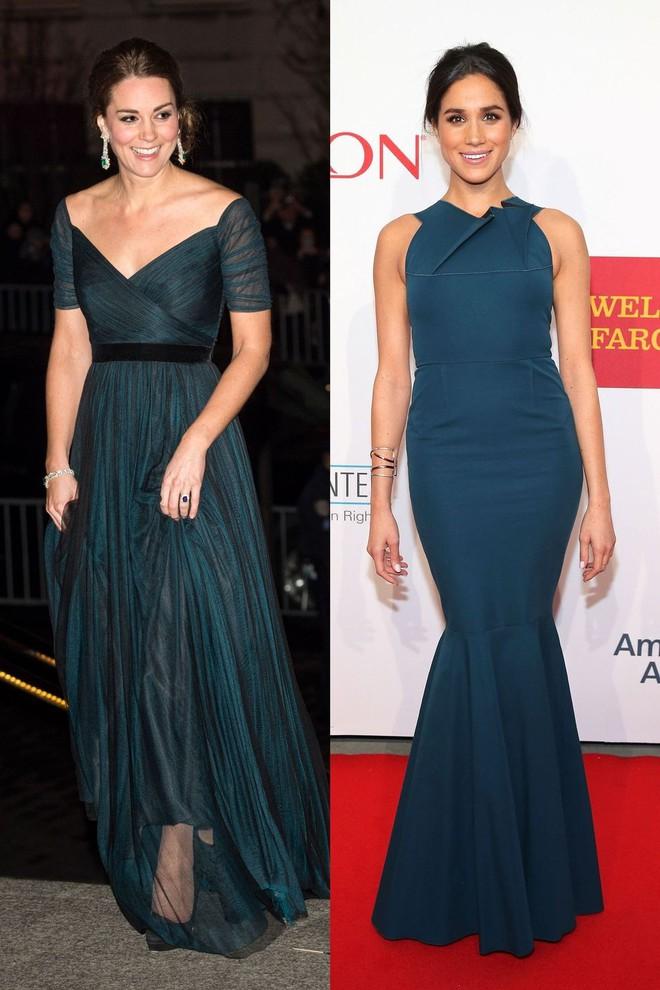 Có ai như chị em dâu nhà Hoàng gia Anh, Kate Middleton và Meghan Markle có tới 11 lần đụng váy - Ảnh 3.