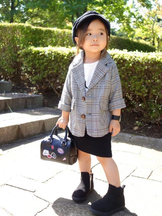 3 nhóc tì Nhật Bản chuyên mặc đồ y chang người lớn nhưng nhìn vẫn cực đáng yêu - Ảnh 9.