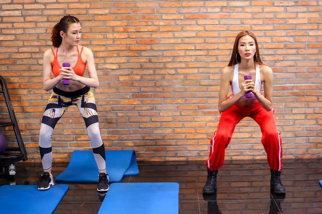 The Face Việt 2017: Tập nào Hoàng Thùy cũng muốn chơi trội lạc hẳn so với 2 HLV kia nhưng chưa làm tới - Ảnh 10.