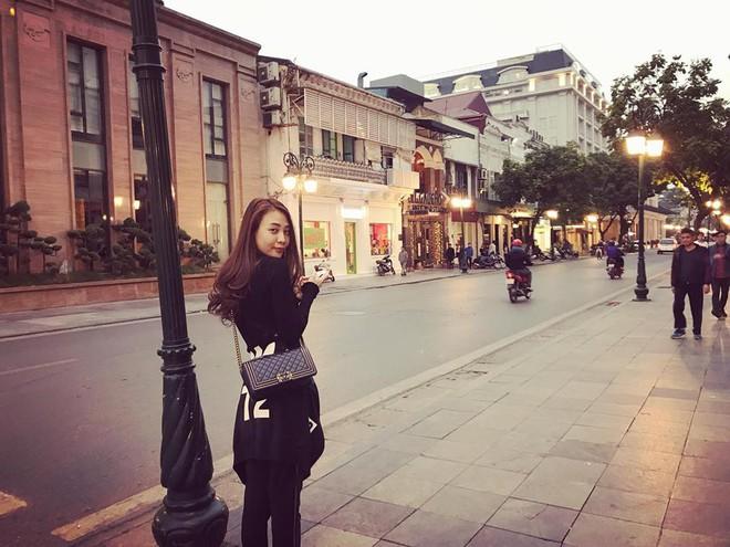 Thu Thủy khoe street style trẻ trung, Kỳ Duyên khác lạ với đôi chân nhìn như dài cả mét - Ảnh 26.