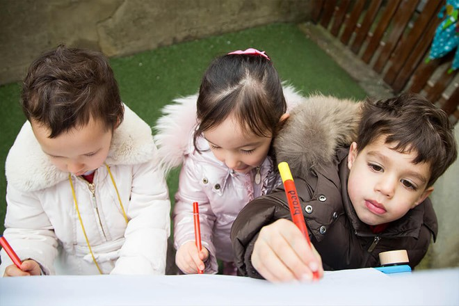 Ngôi trường mầm non danh tiếng phải đăng kí từ lúc mới chào đời, nơi công chúa Charlotte sẽ theo học - Ảnh 7.