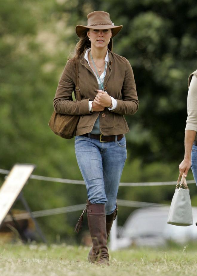 Liệu có ai tò mò về phong cách thời trang hồi chưa là Công nương của Kate Middleton - Ảnh 4.