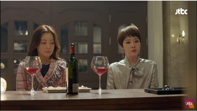 Quý cô ưu tú: Kim Sun Ah bị con trai giết chết chỉ vì quá mê tiền - Ảnh 6.