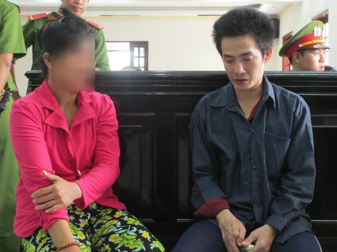 Bố hiếp dâm con gái ruột 11 tuổi lãnh án chung thân, đến lượt ông nội được đem ra xét xử - Ảnh 2.