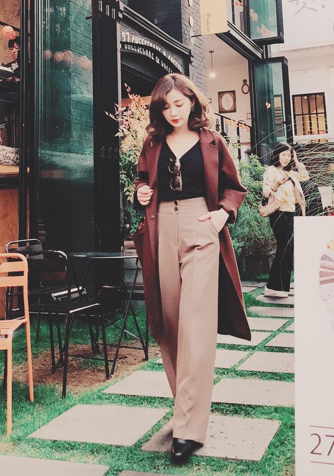 Áo khoác dài + quần ống rộng: Combo mặc kiểu gì cũng đẹp cho mùa đông năm nay - Ảnh 4.